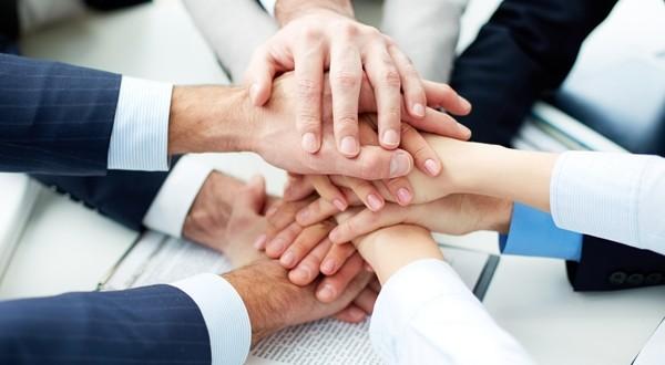 Clientes Para Siempre: La Oportunidad De Atraer Clientes Y Retenerlos