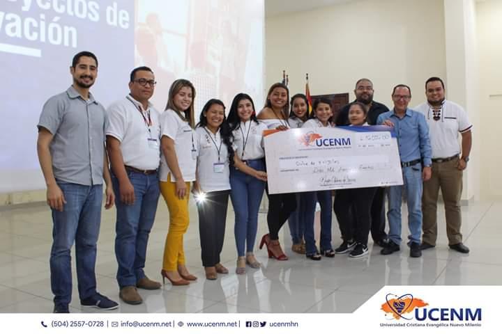 Foto del Equipo Ganador de la Feria de Innovación 2019